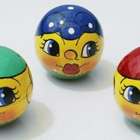 Round toys